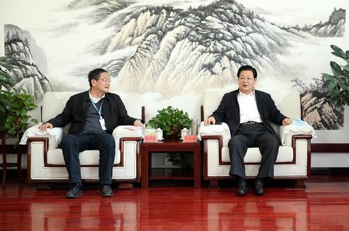 河南驻马店市长会见中国长城河南分公司总经理赵伟建一行